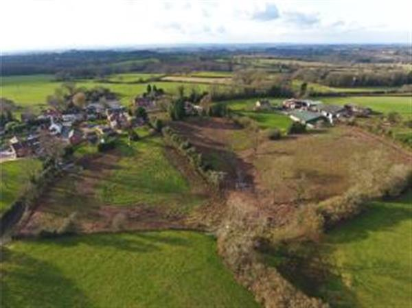 3 8 Acres Bromsgrove Worcestershire